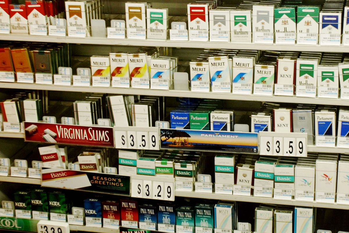The FDA just took a radical step to cut nicotine in cigarettes so they're not addictive - Vox