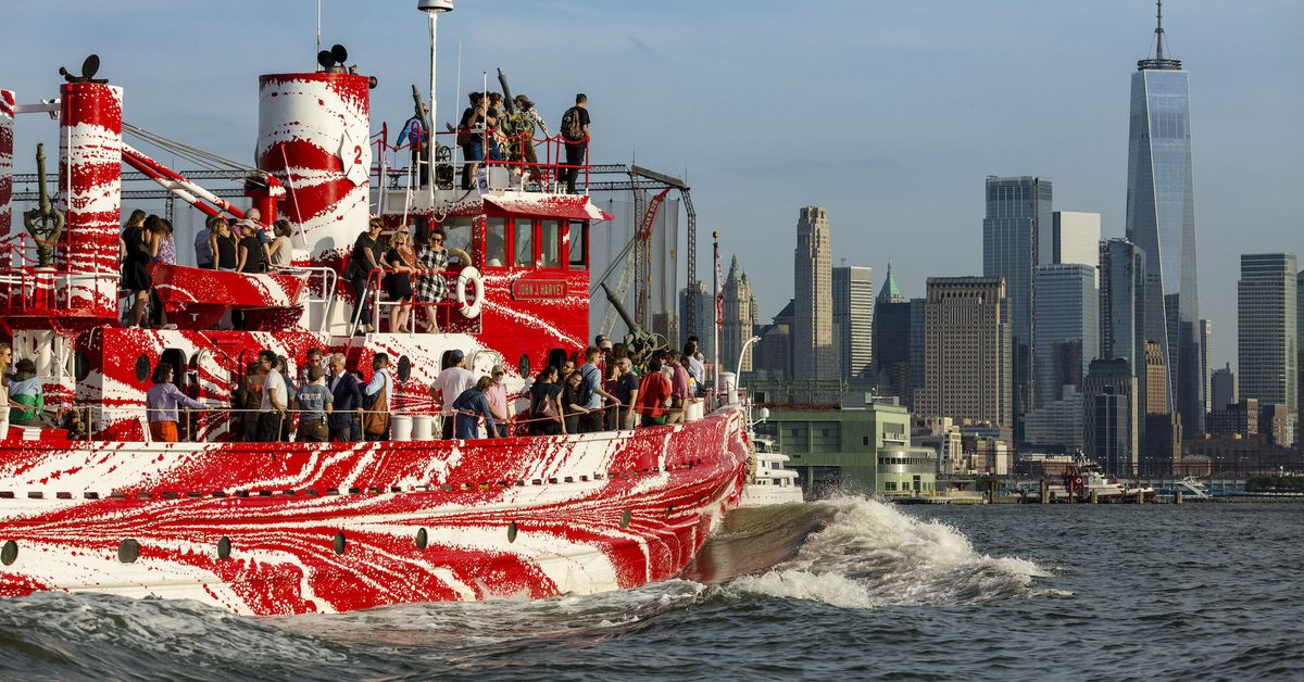 white house diagram furnace wiring new york's most historic fire boat has a dazzling paint job - curbed ny
