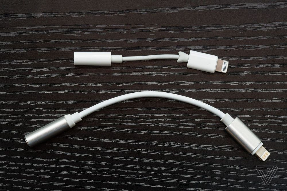 medium resolution of i lost my iphone 7 s original pack in headphone jack adapter in arizona on a family trip the main thing i use my iphone for is listening to podcasts and