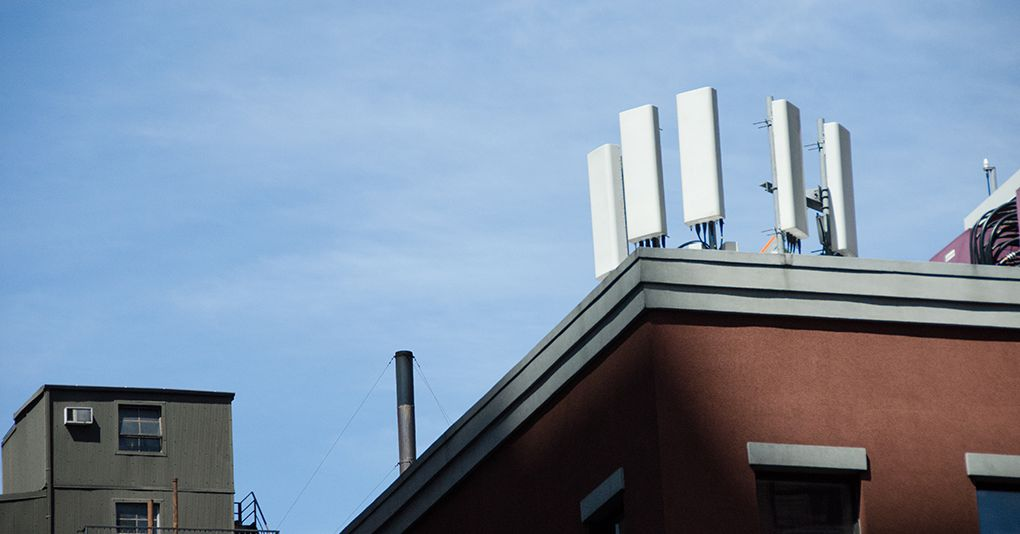 Will your Verizon or AT&T phone work after 3G networks shut down?