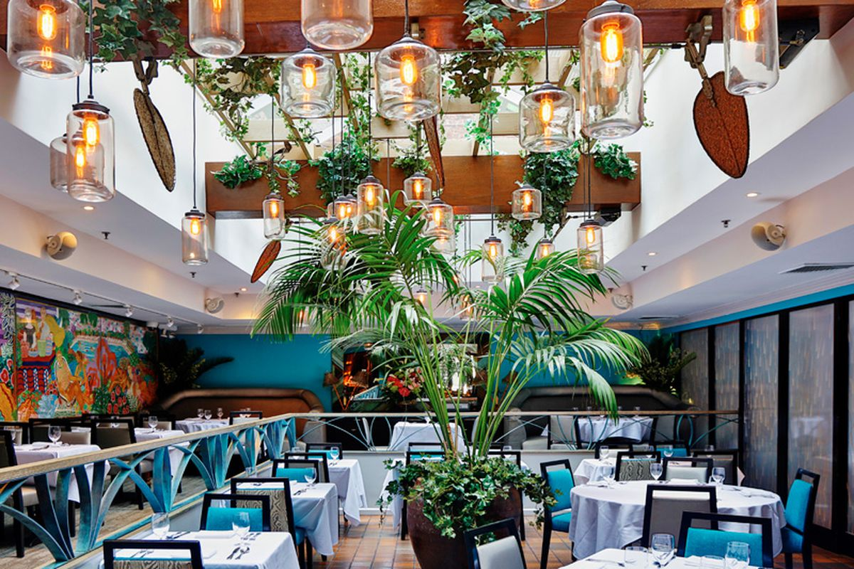 Victor's Cafe In Midtown Nails Ropa Vieja, Cuba's National