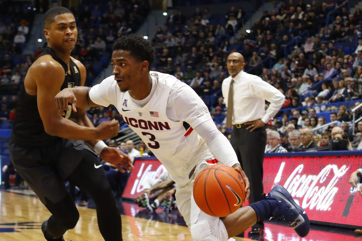 UConn Mens Basketball Drops Third Straight Loses To UCF