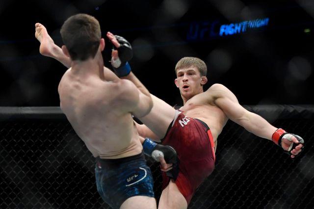 MMA: UFC Fight Night-London-Allen vs Rinaldi