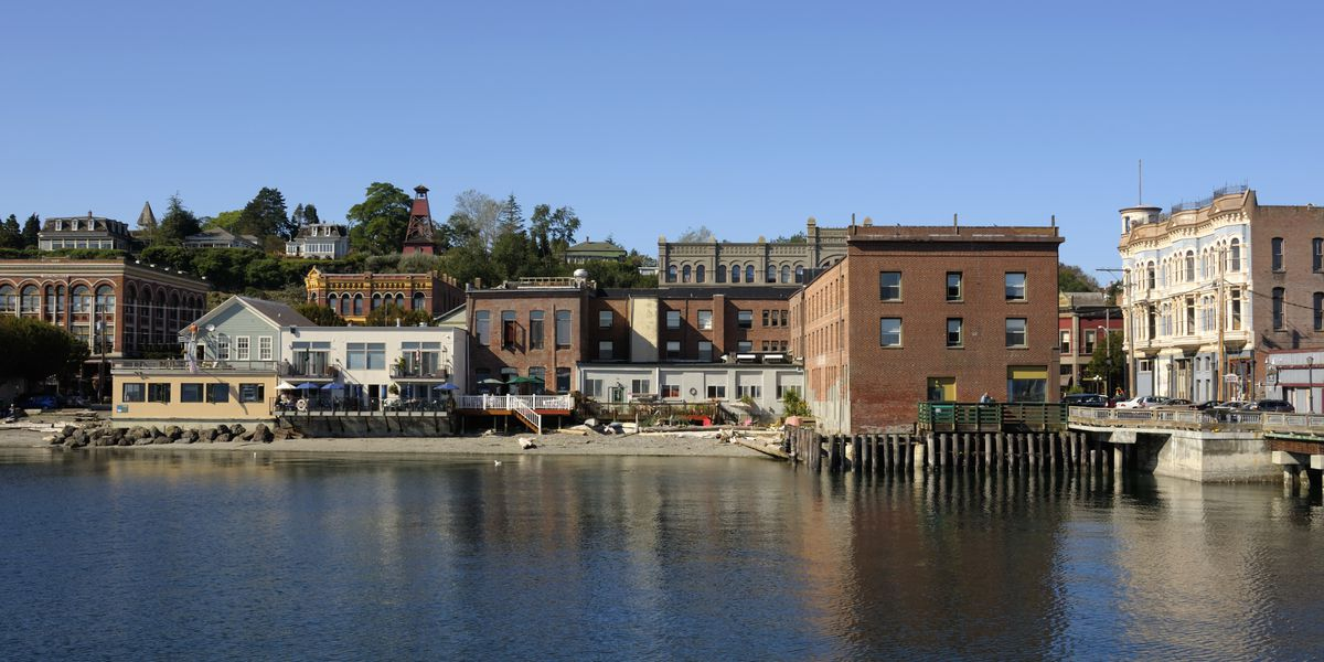 20 small towns near