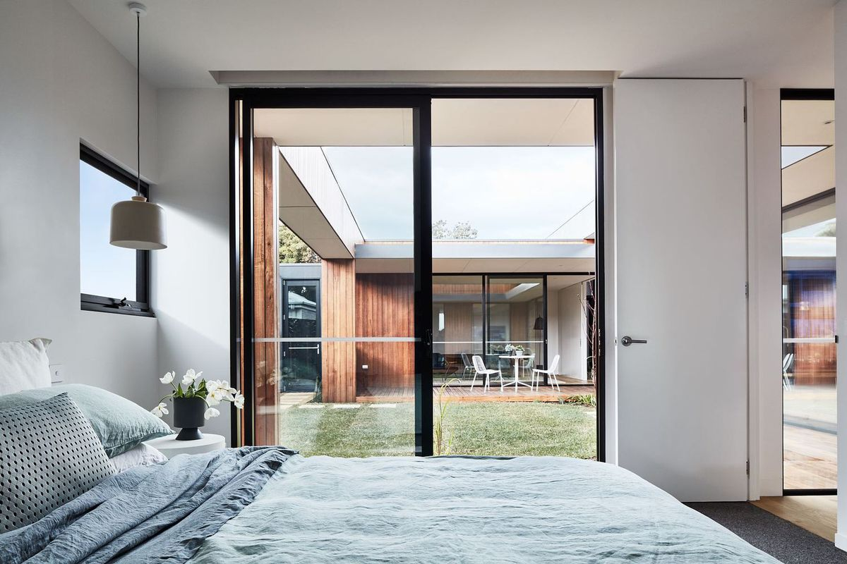 Modern Courtyard House Is A Seaside Haven Curbed