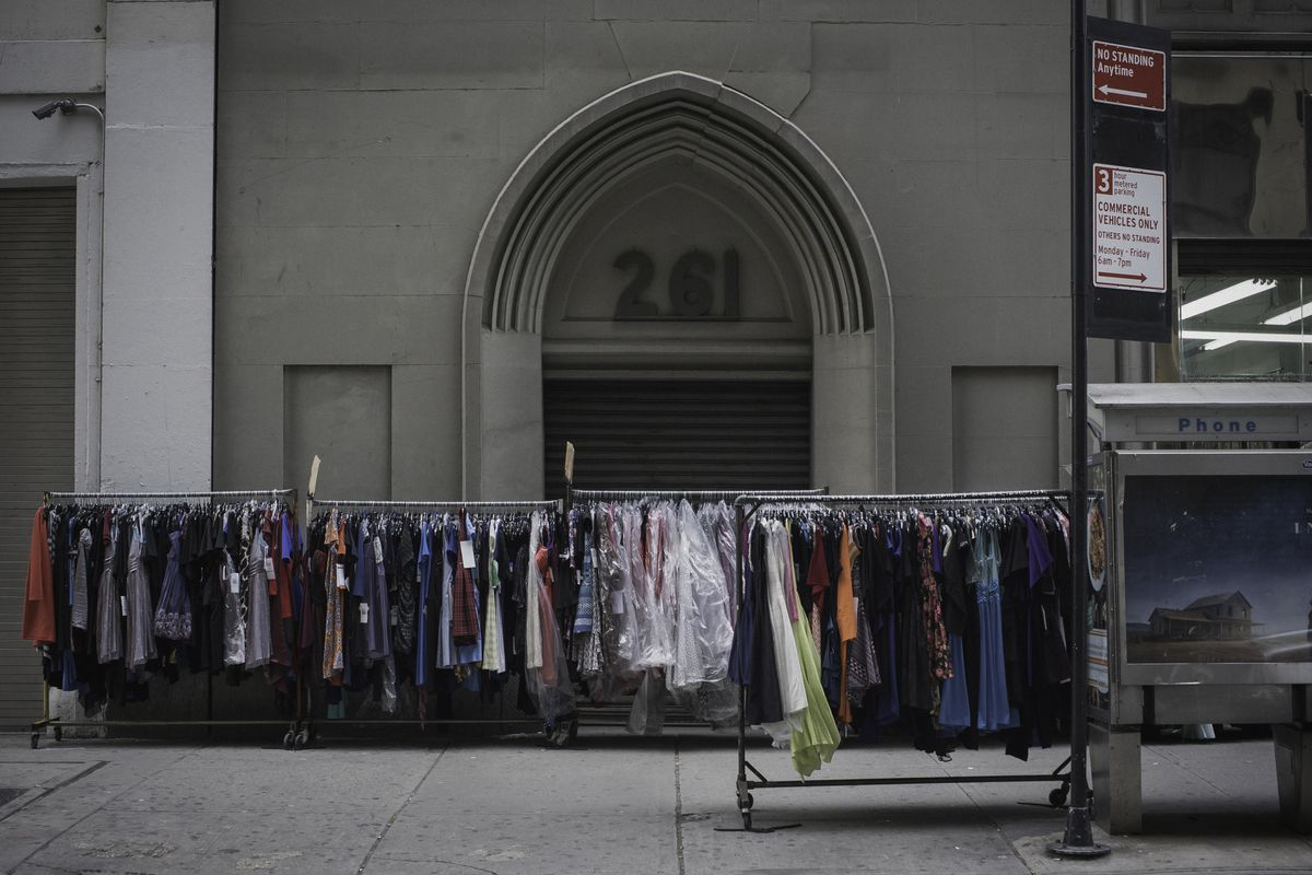 Garment District S Economic Potential Is Stifled By Zoning Restrictions Report