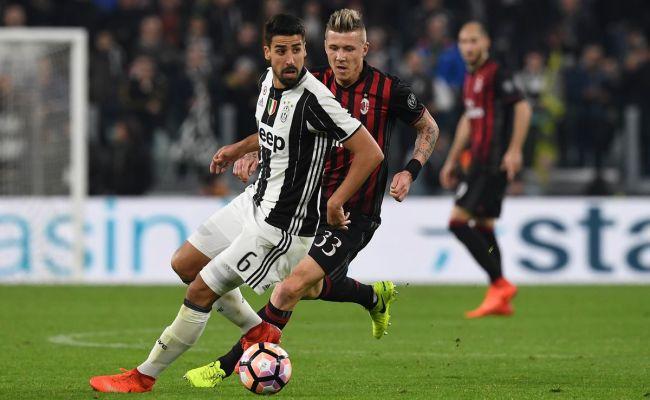 Round 11 Juventus Vs Ac Milan Preview Black White