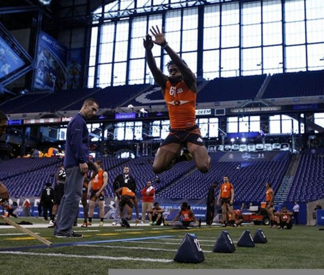 Feb 26 2012 Indianapolis In Usa Baylor Bears Quarterback Robert Griffin Iii Does The Broad Jump During The Nfl Combine At Lucas Oil Stadium