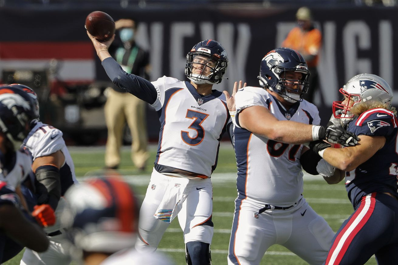 NFL: Denver Broncos at New England Patriots
