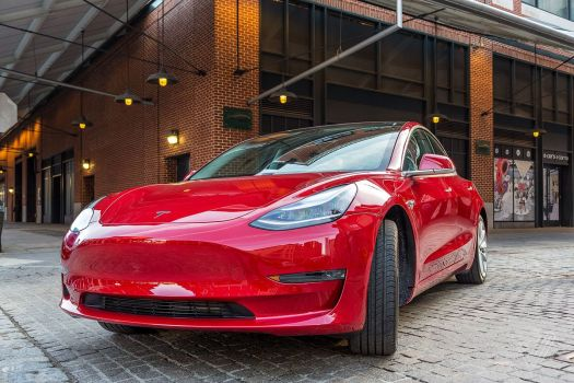 Tesla is making over 2,000 Model 3s a week, as crucial ...