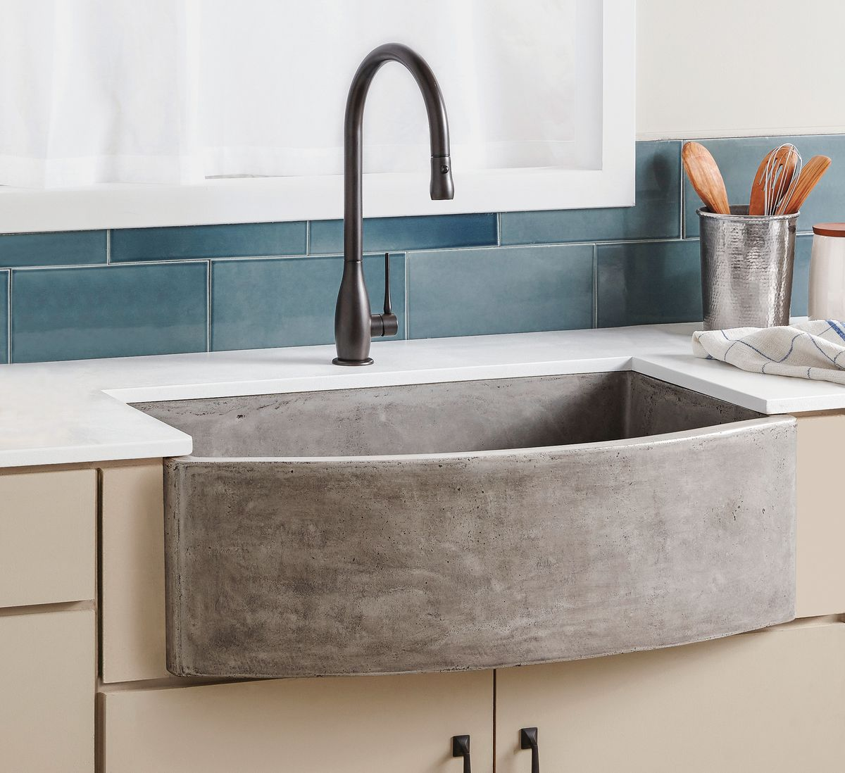 all about farmhouse sinks this old house