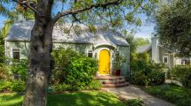 Hollywood Cottage Heart-breakingly Cute 1.8m