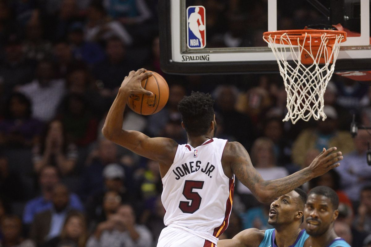 Heat Extend Qualifying Offer To Derrick Jones Jr