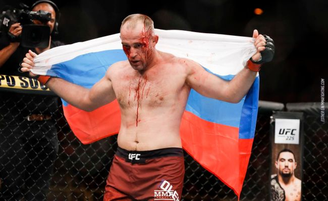 Aleksei Oleinik Vs Mark Hunt In The Works For Ufc Moscow