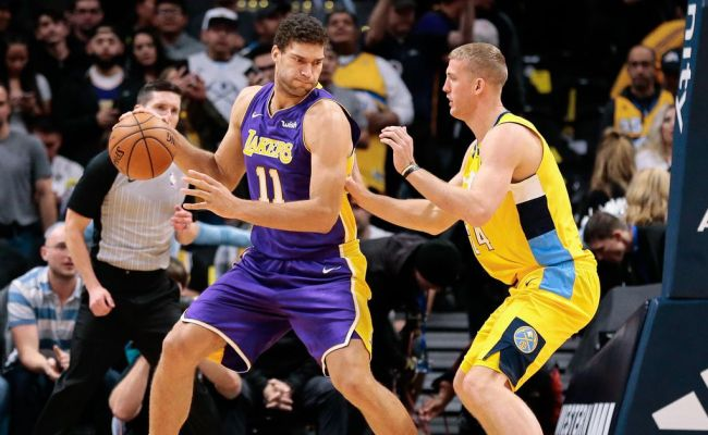 Lakers Vs Nuggets Final Score Lakers Fall Apart In The
