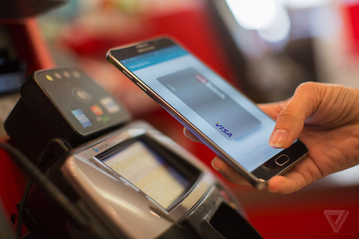 Samsung Pay is adding 14 more banks, will soon support gift cards - The Verge