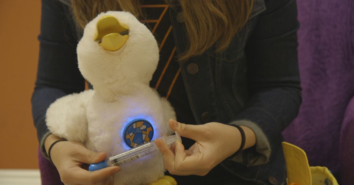 Aflacs Toy Robot For Kids Facing Cancer Is The Smartest Toy Of All The Verge