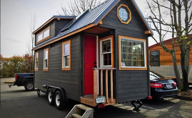A Luxury Tiny House On Wheels Is Full Of Big Extras