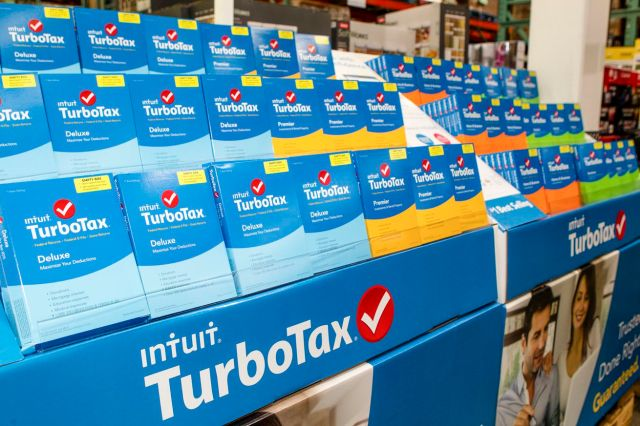 TurboTax Delivers Smart, Effortless Tax Preparation And Maximum Refund Guaranteed