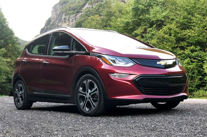 aliptak_180919_2960_5229.0 GM recalls 68,000 electric Chevy Bolts over battery fire concerns | The Verge