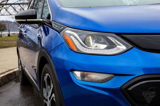 akrales_170405_1582_0223.0 GM's installing software on Chevy Bolts to help prevent battery fires | The Verge