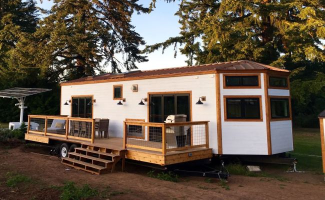 400 Square Foot Hawaiian Tiny House Brings The Outdoors In