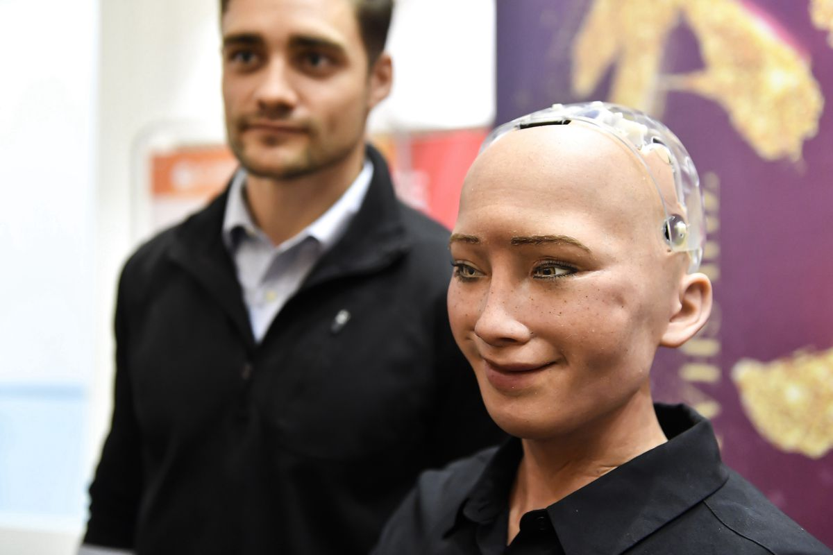 Facebooks Head Of AI Really Hates Sophia The Robot And