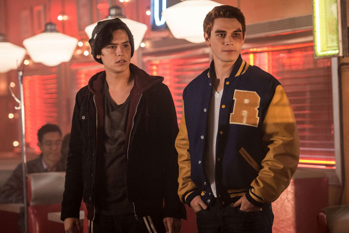 Bauhaus Poster People Can't Stop Mocking Jughead's Worst Riverdale Scene