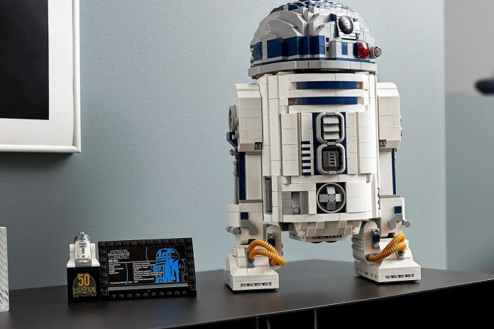 Lego's new $200 R2-D2 set is the droid you're looking for - The Verge