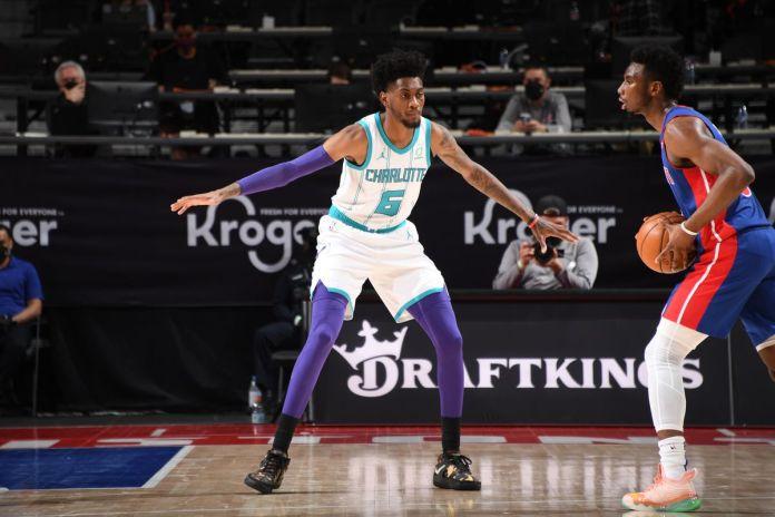 Charlotte Hornets x Detroit Pistons