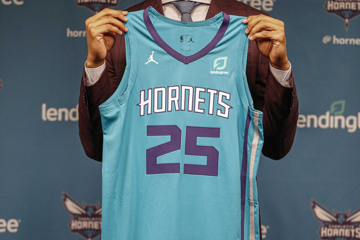 Charlotte Hornets Timofey Mozgov Association White Swingman Jersey