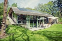 Sustainable Dutch Home With Surreal Custom
