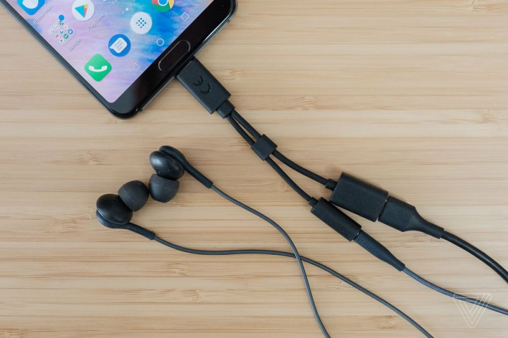medium resolution of sony s 2 in 1 headphone adapter is not our usb c savior