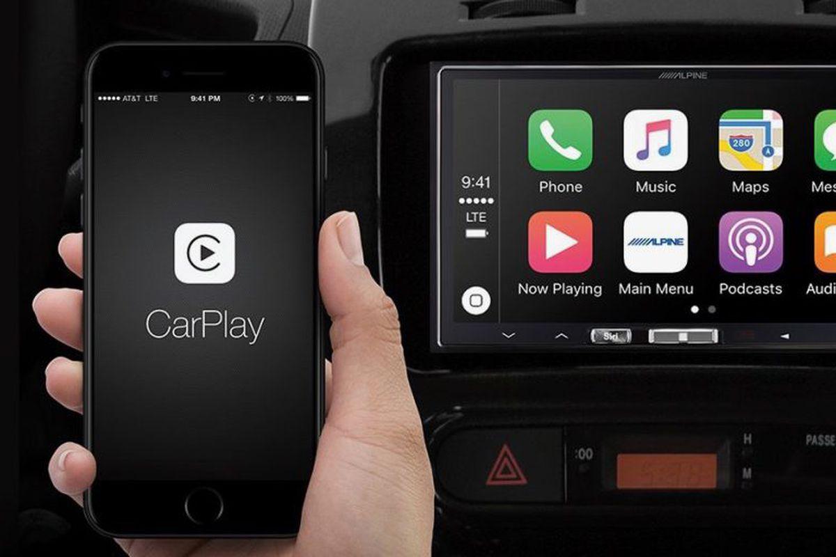 Alpines aftermarket wireless Apple CarPlay receiver is