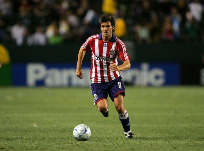 Chivas USA v Los Angeles Galaxy CD