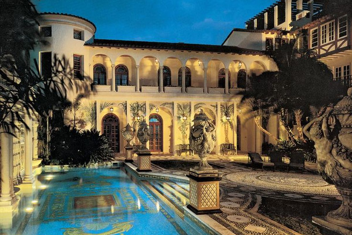 The Versace Mansion is back in the spotlight thanks to American Crime Story  Curbed Miami
