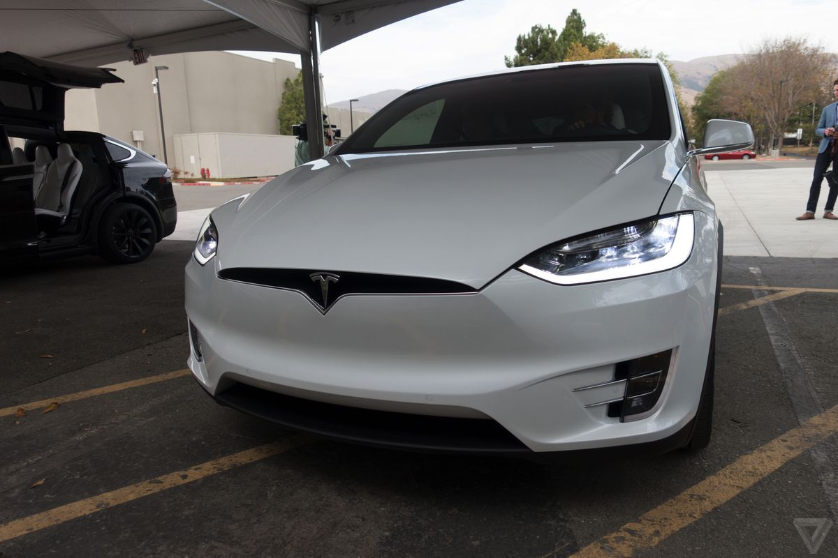 hight resolution of the national transportation safety board is investigating a fatal crash involving a tesla model x that occurred last friday morning in mountain view