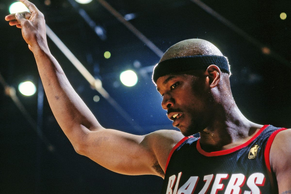 Former Trail Blazers Great Cliff Robinson Passes Away at Age 53 - Blazer's  Edge