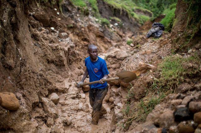 TOPSHOT-DRCONGO-US-ECONOMY-LAWS-MINING-STREST
