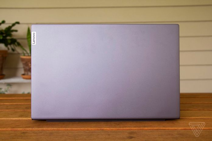 The lid of the Lenovo IdeaPad Slim 7.