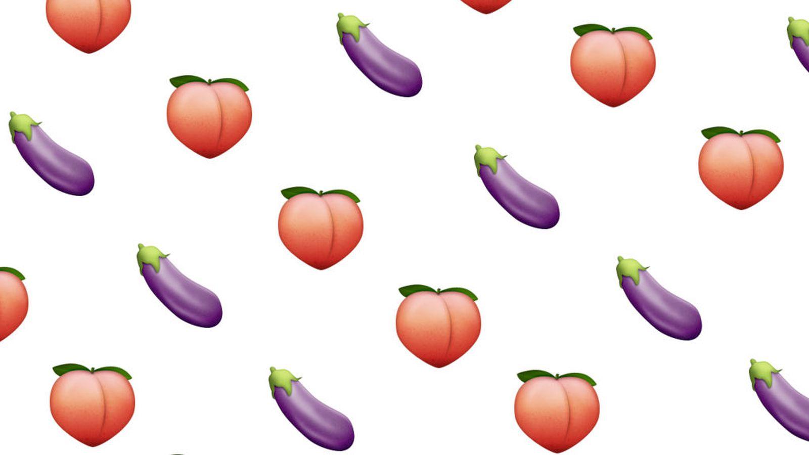 Iphone X Verge Wallpaper Emoji Shouldn T Look Realistic The Verge