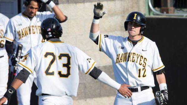 2015 Big Ten Baseball Tournament Ohio State Turn Iowa - Land-grant
