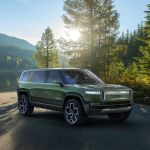 Rivian S R1s Suv Looks Like An All Electric Land Rover The Verge