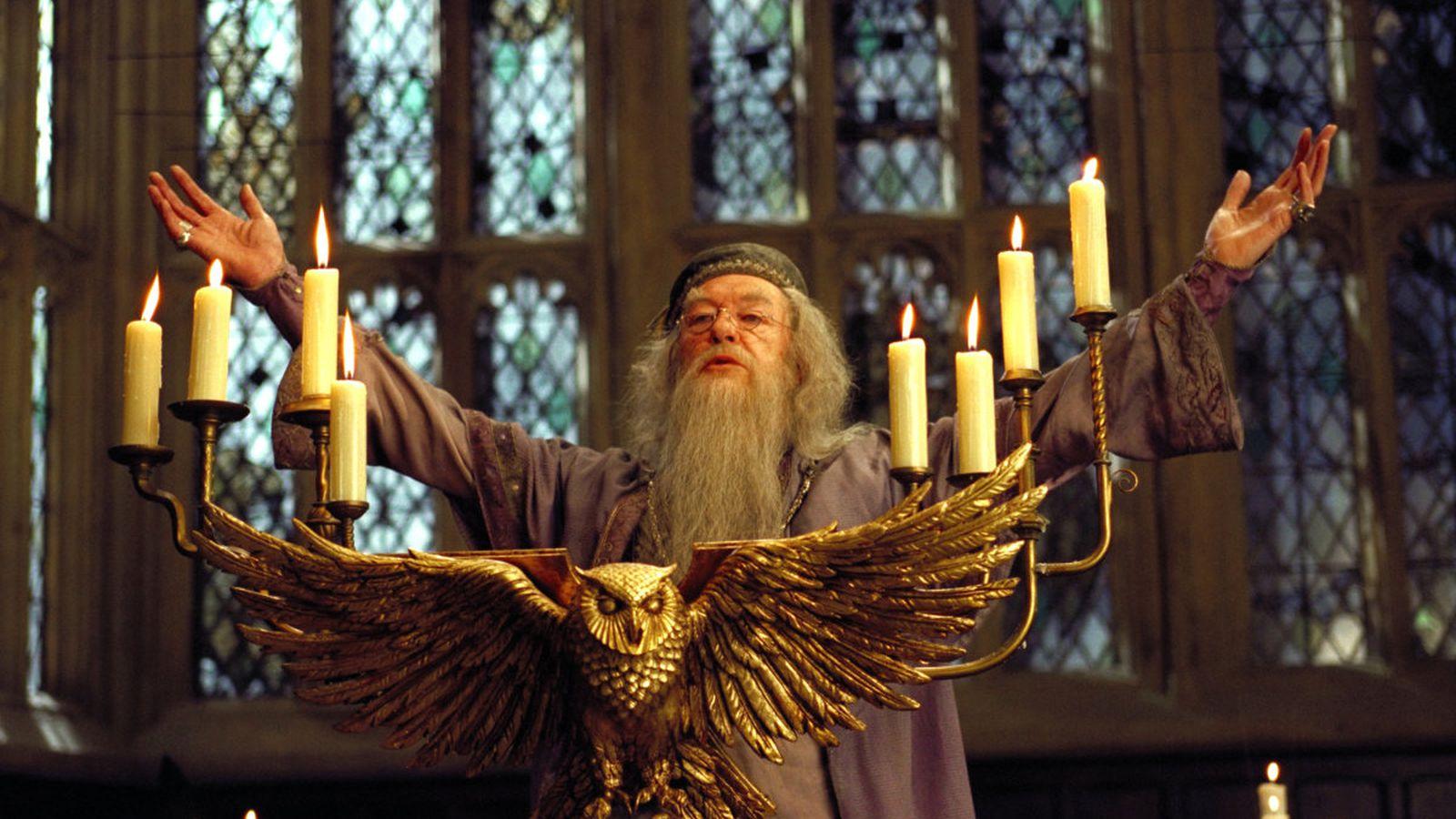 Pokemon Quote Wallpaper Fantastic Beasts 2 Puts Dumbledore Back In The Spotlight