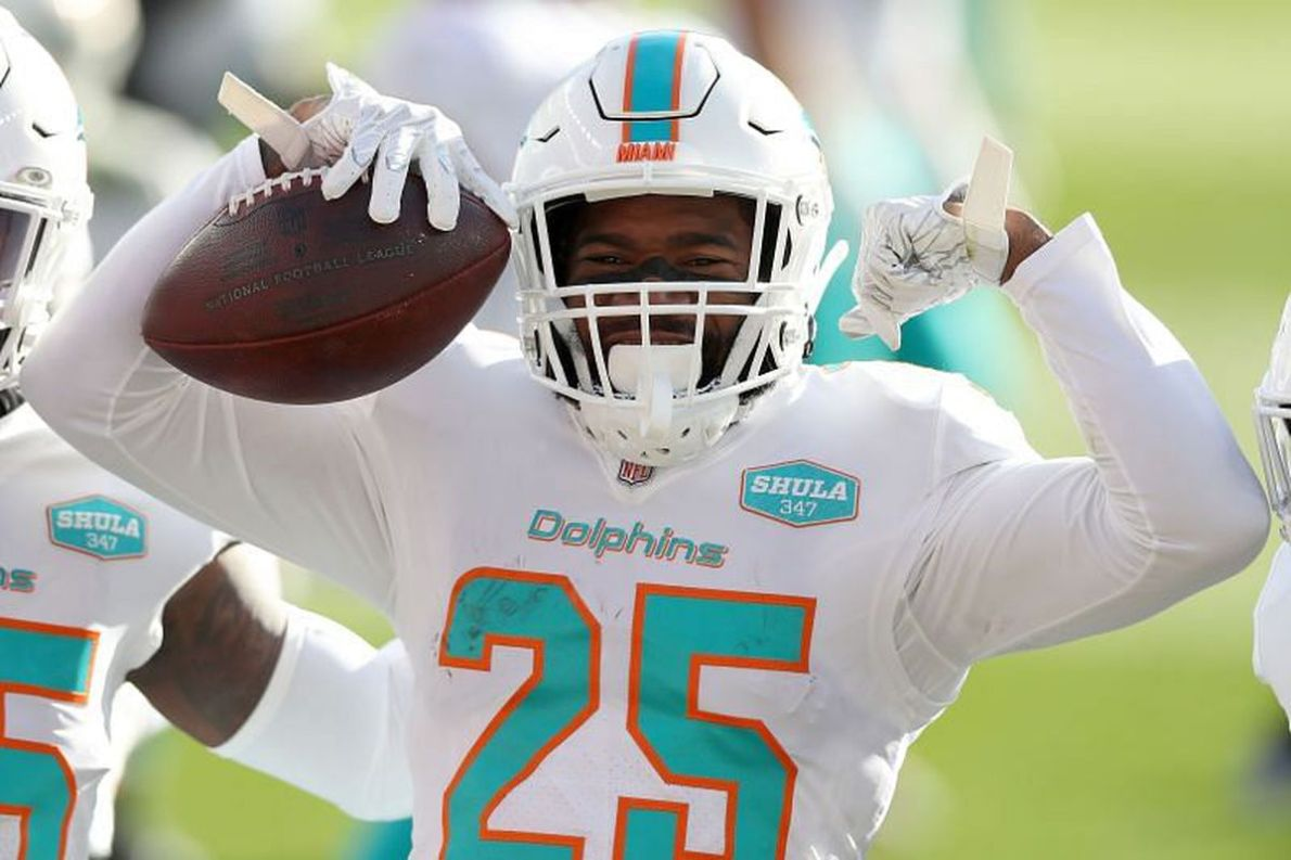 MIami Dolphins CB Xavien Howard Needs to be, Firmly, Included in DPOY  Discussions - The Phinsider