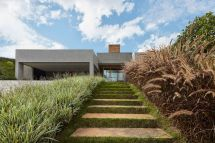 Modern House In Brazil Hides Glorious Tropical Garden - Curbed