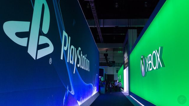 e3_2014_playstation_xbox_hallway_2400.0 The console wars are coming back, whether we wanted it or not   Polygon