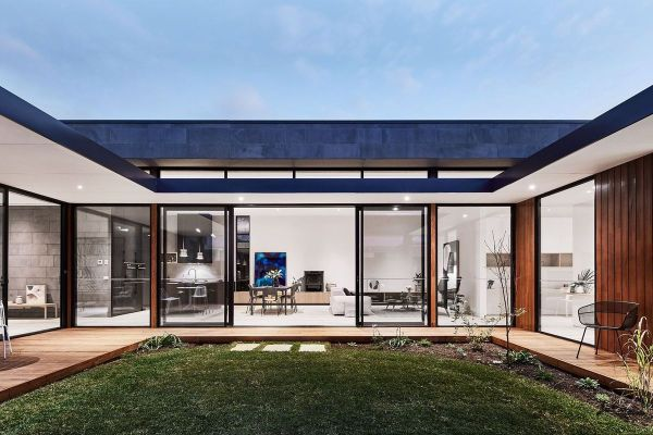 Modern Courtyard House Seaside Haven - Curbed