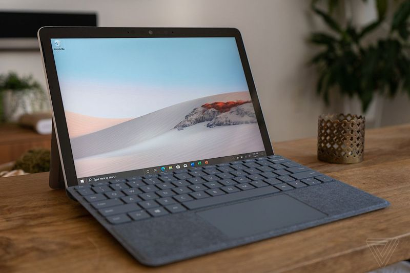 Miglior laptop economico 2021: Microsoft Surface Go 2