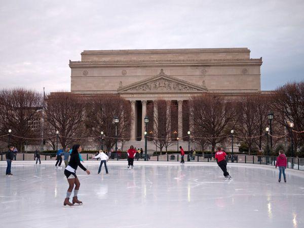 Warm Restaurants Ice Rink